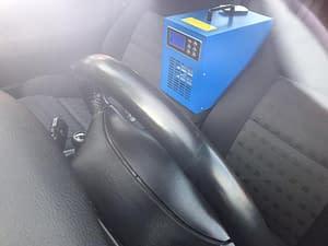 Čištění automobilu ozonem jako dárek.