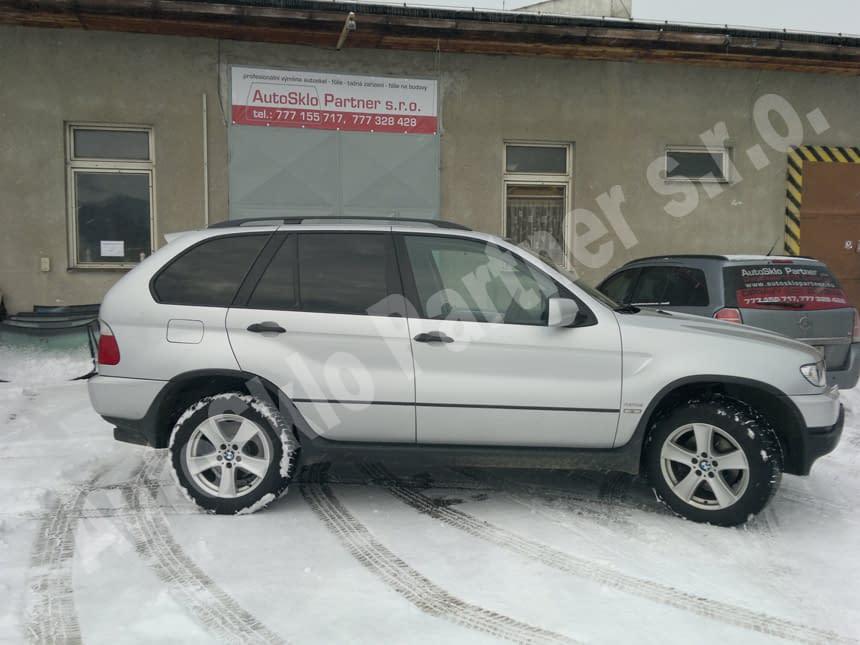 BMW - zatemněná skla - autofólie LLumar
